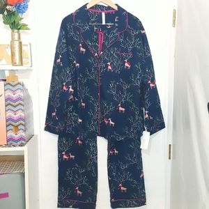 🆕️ Plus Size Holiday Reindeer Pijama Set